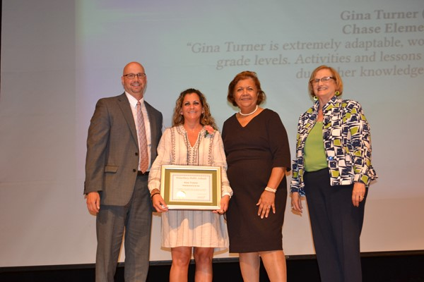 Gina Turner, Chase School, Paraprofessional of the Year
