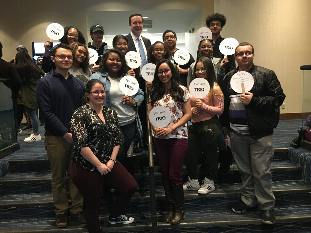 Crosby students with Senator Murphy